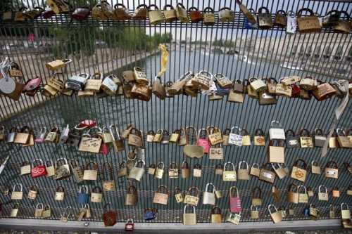 france-love-locks-752x501.jpg